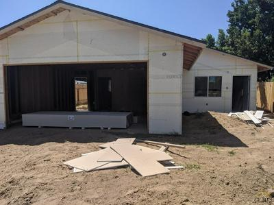 411 OILDALE DR, Bakersfield, CA 93308 - Photo 2