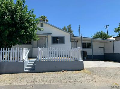 107 OAK ST, Taft, CA 93268 - Photo 1