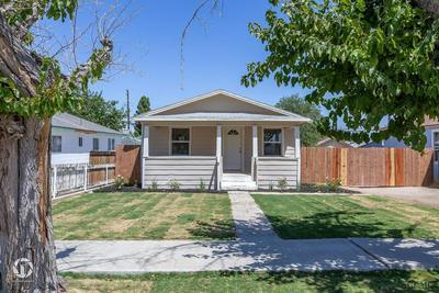 114 TYLER ST, Taft, CA 93268 - Photo 1