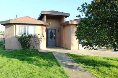 632 GROVE ST, ARVIN, CA 93203 - Photo 2