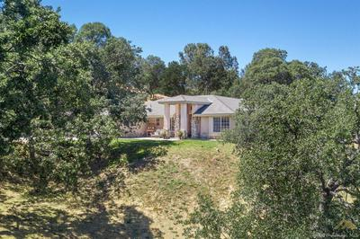 28122 TWISTED OAK RD, KEENE, CA 93531 - Photo 1