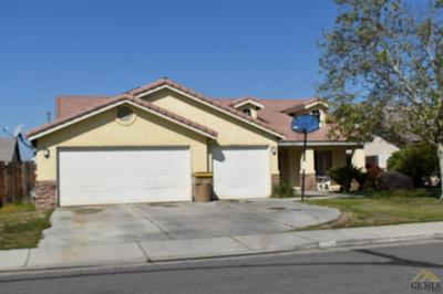 6913 GWENIVERE CT, Bakersfield, CA 93313 - Photo 1