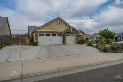 6110 OXFORD HILLS DR, Bakersfield, CA 93313 - Photo 2