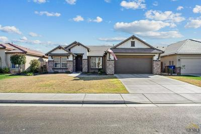 9211 WOLF RIVER AVE, BAKERSFIELD, CA 93312 - Photo 1
