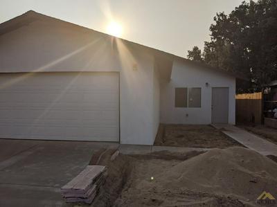 411 OILDALE DR, Bakersfield, CA 93308 - Photo 1
