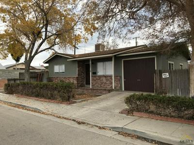 300 8TH ST, Taft, CA 93268 - Photo 2