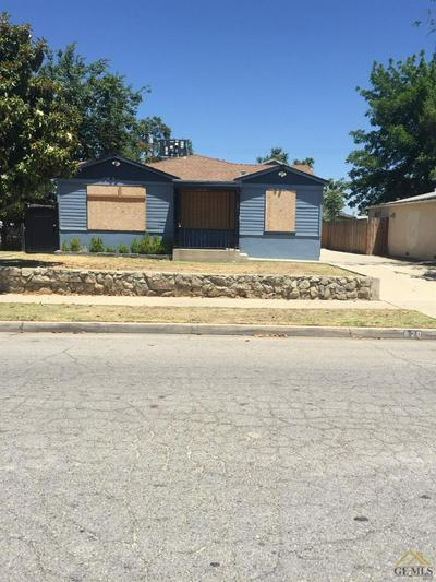 820 WOODROW AVE, Bakersfield, CA 93308 - Photo 2