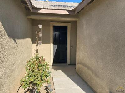 11716 STARLIGHT DR, Bakersfield, CA 93312 - Photo 2