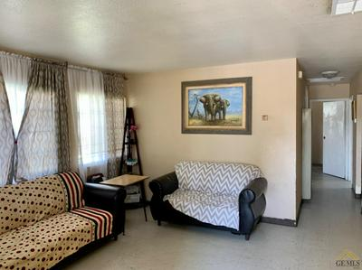 1101 S OWENS ST, Bakersfield, CA 93307 - Photo 2