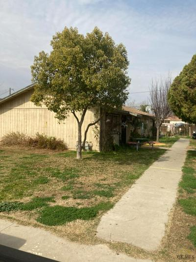 132 W ASH AVE, Shafter, CA 93263 - Photo 1