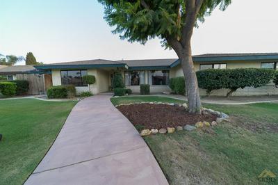 7313 ARLETA AVE, Bakersfield, CA 93308 - Photo 2