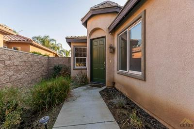 9909 RIATA LN, Bakersfield, CA 93306 - Photo 2
