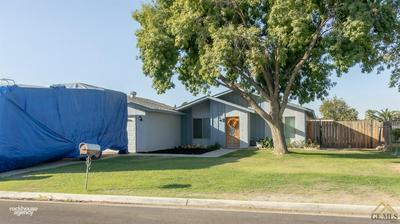 10612 CAVE AVE, Bakersfield, CA 93312 - Photo 2