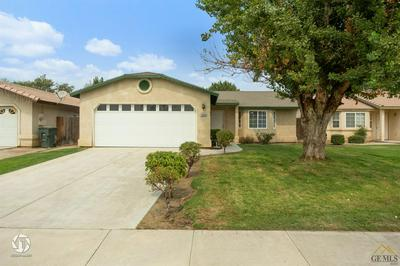 1600 LUPINE CT, Wasco, CA 93280 - Photo 2
