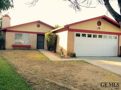 2028 MAGDELENA AVE, Bakersfield, CA 93307 - Photo 1