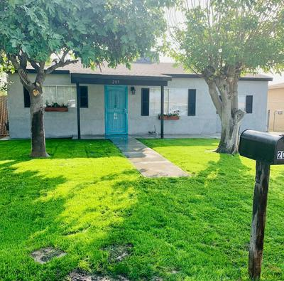 205 HAYSLETT AVE, Bakersfield, CA 93307 - Photo 1