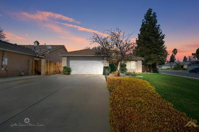 9000 JENNA KATHRYN DR, Bakersfield, CA 93312 - Photo 1