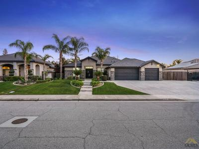 15645 CHATEAU MONTELENA DR, BAKERSFIELD, CA 93314 - Photo 1