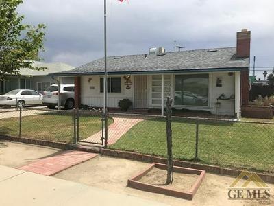 1622 CLINTON ST, Delano, CA 93215 - Photo 1