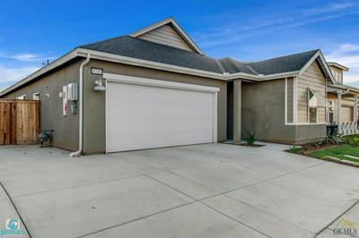 9719 SILVER FALLS LN, Shafter, CA 93263 - Photo 2