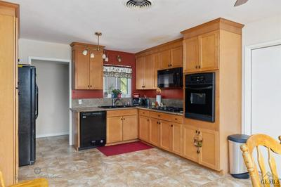 4212 KEVIN DR, Bakersfield, CA 93308 - Photo 2