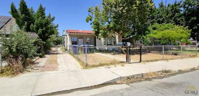 318 HIGHLAND DR, Bakersfield, CA 93308 - Photo 2