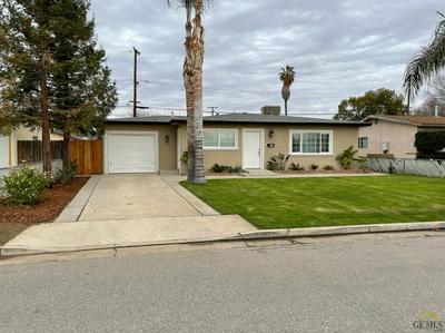 330 E ORANGE AVE, Shafter, CA 93263 - Photo 1