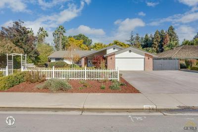 11716 APRIL ANN AVE, Bakersfield, CA 93312 - Photo 2