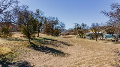 22650 TREE CT, Tehachapi, CA 93561 - Photo 2