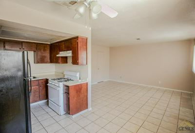 2101 BELSHAW ST, Mojave, CA 93501 - Photo 2