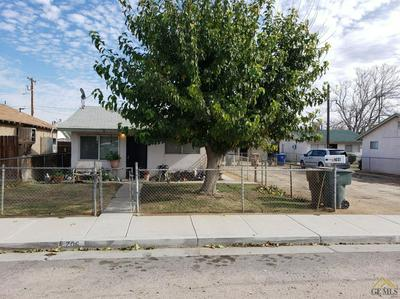 704 LILAC ST, Bakersfield, CA 93308 - Photo 2