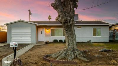 1020 TANGERINE ST, Bakersfield, CA 93306 - Photo 2