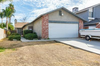 6420 RHONDA WAY, Bakersfield, CA 93307 - Photo 2