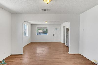 510 DECATUR ST, Bakersfield, CA 93308 - Photo 2
