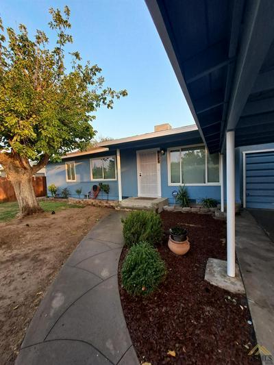 2624 VICTORIA DR, Bakersfield, CA 93307 - Photo 1