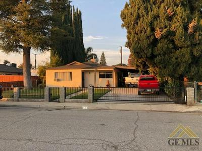 414 CURTIS AVE, Shafter, CA 93263 - Photo 2