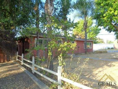 3613 LAVERNE AVE, Bakersfield, CA 93309 - Photo 2