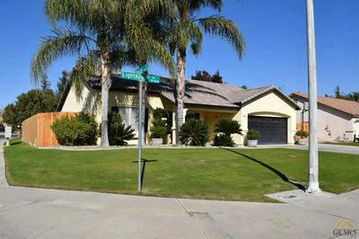 8714 LIGHTHOUSE DR, Bakersfield, CA 93312 - Photo 2