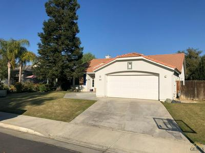 5506 EDGE WATER DR, Bakersfield, CA 93312 - Photo 2