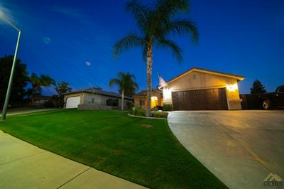4908 N HILLS DR, Bakersfield, CA 93308 - Photo 2