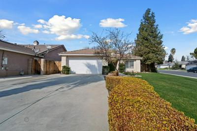 9000 JENNA KATHRYN DR, Bakersfield, CA 93312 - Photo 2