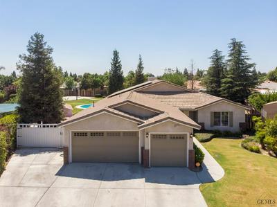 5415 BENEVENTO CT, Bakersfield, CA 93308 - Photo 2