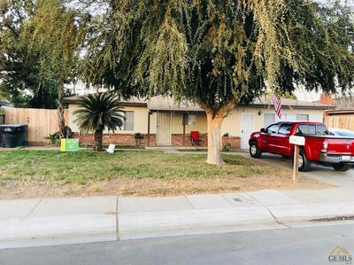 2102 E BARDSLEY AVE, Tulare, CA 93274 - Photo 1