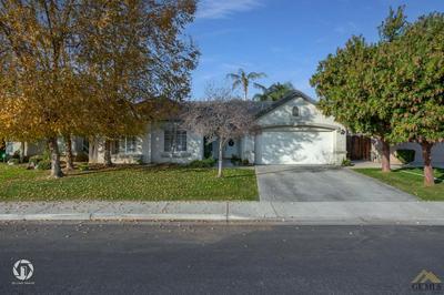 8506 SEVEN HILLS DR, Bakersfield, CA 93312 - Photo 1