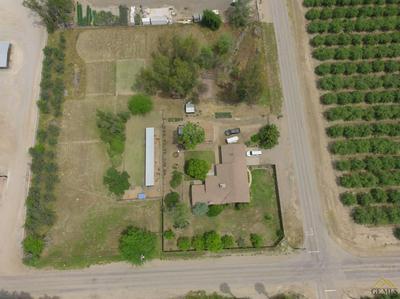 30100 ORANGE ST, Shafter, CA 93263 - Photo 2