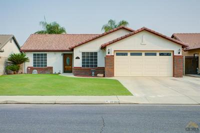 12302 MAUNA LOA AVE, Bakersfield, CA 93312 - Photo 1