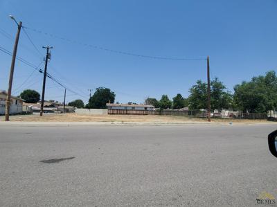 3019 PANAMA ST, Bakersfield, CA 93301 - Photo 1