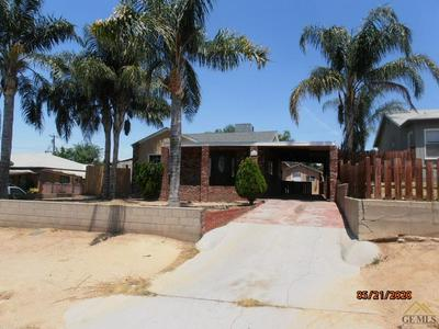 1426 PEARL ST, Bakersfield, CA 93305 - Photo 2