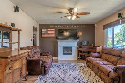 408 NELSON DR, Billings, MT 59102 - Photo 2