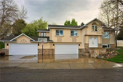 2405 BROOK HOLLOW DR, Billings, MT 59105 - Photo 2